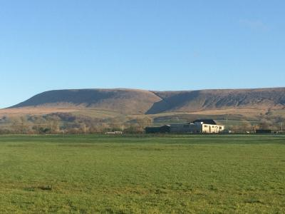 Pendle Hill on a clear Winter's day © Beth Spellman-Ross