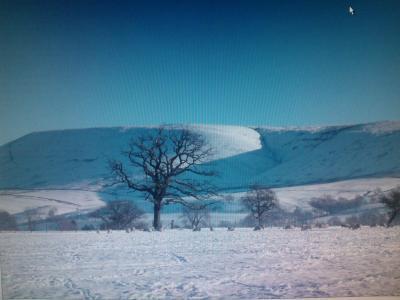 Snowy Pendle © Pauline Dewhurst