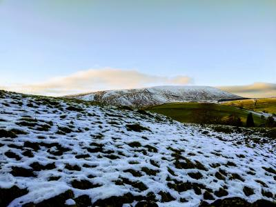 Pendle and melting snow © Rob Martin