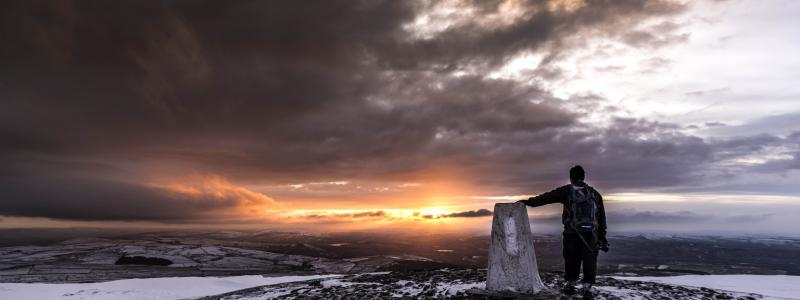 Winter sunrise from the summit of Pendle Hill © Andy Tipping